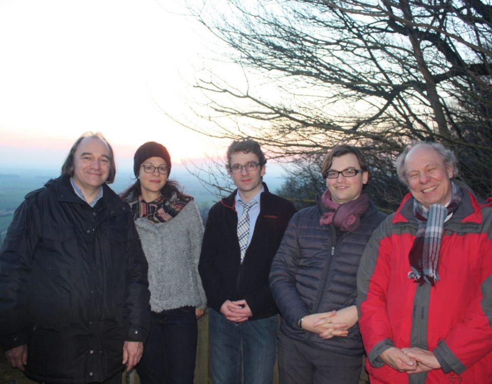 Projektleiter Harald Hertel (FV Waldsassen) mit Andrea Lorenz und Dr. Armin Büttner (beide Büro für Heimatkunde und Kulturlandschaftspflege) sowie Christian Malzer und Prof. Winfried  Schenk ((Lehrstuhl historische Geographie, Bonn)